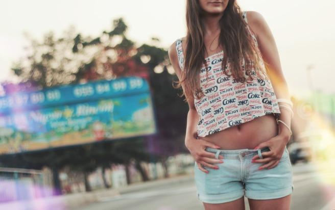 girl-414378_1280